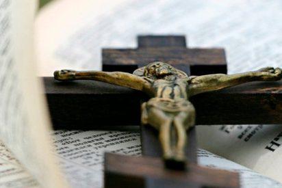 La revista GQ incluye a la Biblia en una lista de los 20 libros que no hay que leer