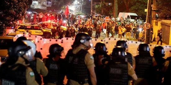 Graves disturbios en Brasil tras el arresto de Lula da Silva