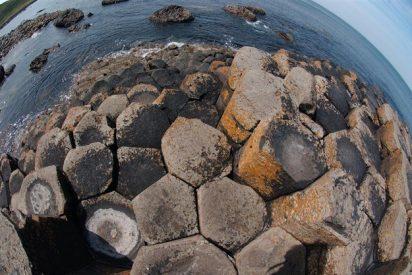 La Calzada del Gigante se formó con magma enfríado a 840 grados