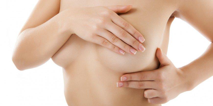 El riesgo de cáncer de mama en mujeres que se tiñen es mayor que las que no lo hacen