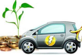 Viajar en un coche eléctrico es 5 veces más barato que en uno de gasolina o gasoil