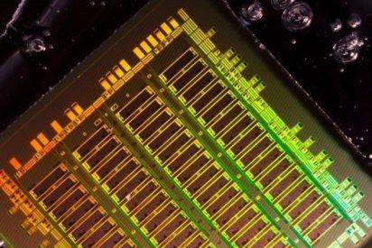 Integran componentes ópticos en diseños de chip convencionales