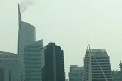 Terrible incendio en un rascacielos de Dubái