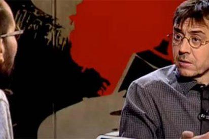 Monedero y 'Echeminga' le dan otro 'abrazo de la muerte' a Álvaro Carvajal por publicar que en Podemos existe desmoralización y frustración