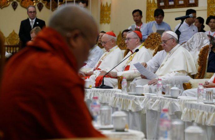 Roma insta a cristianos y budistas a luchar juntos contra la corrupción