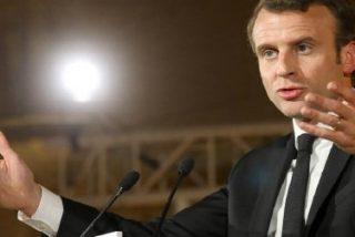 """Macron llama a """"reparar el dañado vínculo entre la Iglesia y el Estado"""" y recibe críticas aceradas"""