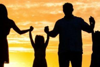 """Los obispos españoles advierten: """"Una sociedad que no protege a la familia es una sociedad sin futuro"""""""