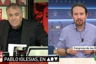 """El parlanchín Pablo Iglesias enmudece ante Ferreras cuando le pregunta sobre Carolina Bescansa: """"Sin comentarios"""""""