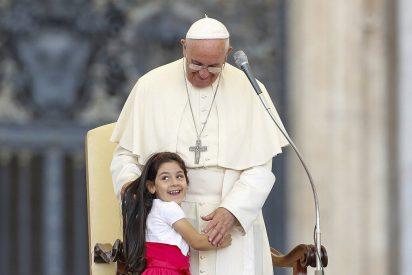 """Papa: """"La compasión no es un sentimiento abstracto, sino un acercamiento concreto"""""""