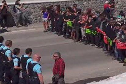 Brutal enfrentamientos entre antifascistas y gendarmes en la frontera franco-italiana