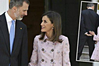 """El Rey Felipe VI y la Reina Letizia desmienten su """"divorcio inminente"""""""