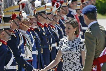 La firme respuesta de la Guardia Real sobre el incidente entre las reinas Letizia y Sofía