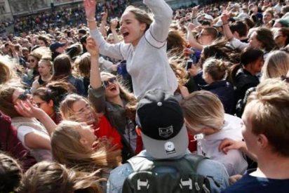 Estocolmo baila en homenaje al DJ Avicii
