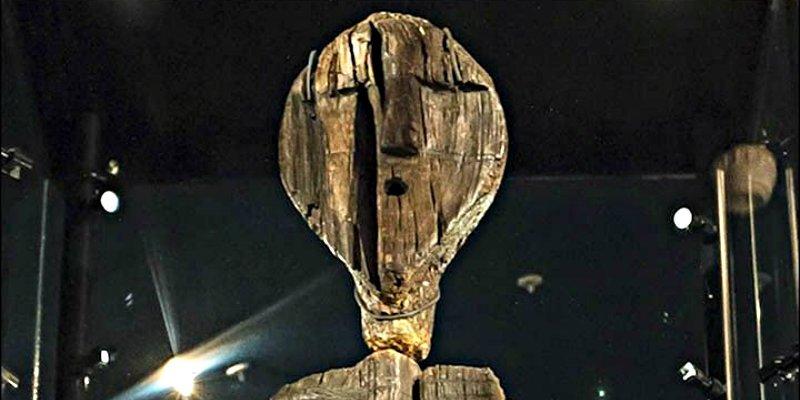 Rusia: El ídolo Shigir dobla en antigüedad a las pirámides de Egipto