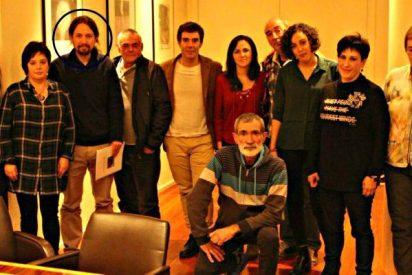 La Guardia Civil fulmina en Twitter a Podemos y abochorna al cursi de Pablo Iglesias