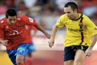 """Esta foto de Iniesta con su """"Andrés"""" al aire revoluciona las redes en su despedida"""