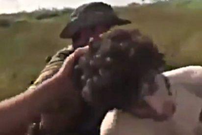 El fanático del ISIS al que atrapan semidesnudo y cagado entre las hierbas