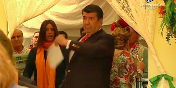 'Sálvame' muestra las impactantes imágenes de Gil Salgado detenido tras enfrentarse a su propia hija en la Feria de Abril