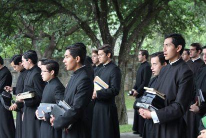 """Los Legionarios de Cristo buscan """"reconciliación"""" con las personas """"dañadas"""" por el movimiento"""