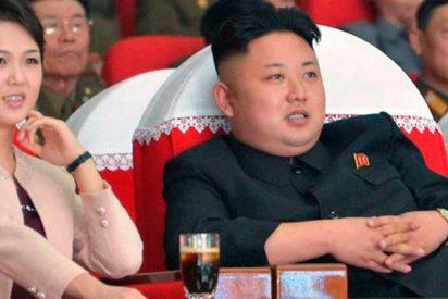 Kim Jong-un asiste a la actuación de un grupo de arte de Corea del Sur por primer vez