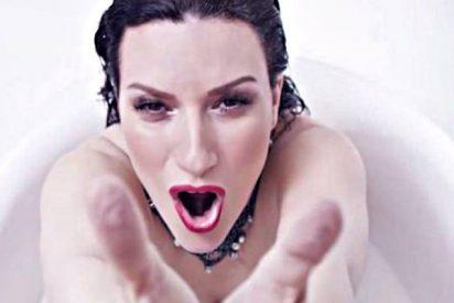 El baño en leche que se pega Laura Pausini