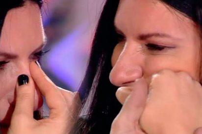 Laura Pausini no aguanta las lágrimas tras la actuación de una joven incomprendida