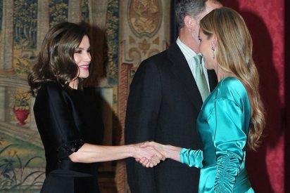 La Rey Letizia vuelve a confiar en Carolina Herrera