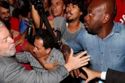 Así se entregó Lula da Silva a la policía