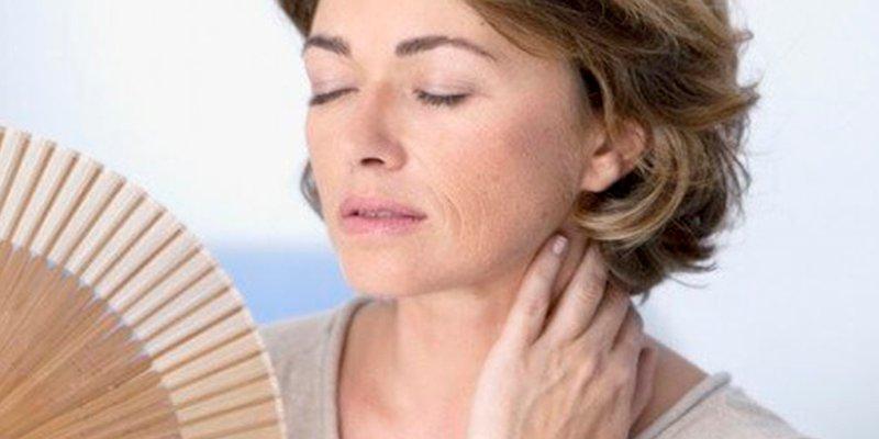 ¿Sabías que la edad en la menopausia podría afectar a la memoria?