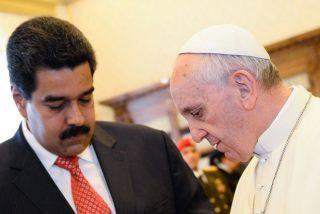 """Maduro interpreta que el Papa """"le calló la boca a la derecha y a la oligarquía"""" en su bendición Urbi et Orbi"""