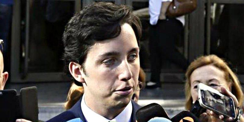 El pequeño Nicolás se 'caga', pide perdón al CNI y se retracta de sus declaraciones 'ofensivas'