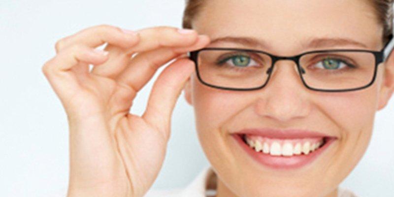 ¿Sabes qué alimentos debes comer para tener una vista mejor?