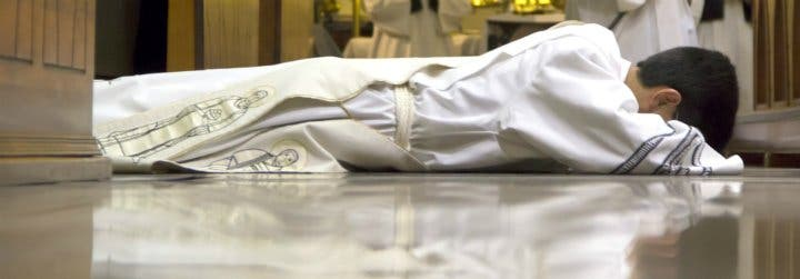 """El clero estadounidense reclama curas """"más fieles al Vaticano II"""" para frenar el éxodo de católicos"""