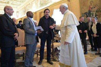 """Papa: """"La falta de atención espiritual hacia los pobres es la peor discriminación"""""""