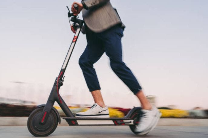 usar patinete eléctrico en ciudad