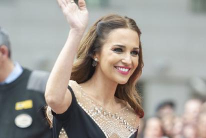 Paula Echevarría sorprende en Málaga con un vestido de princesa valorado en más de 2.800 euros