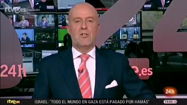 """""""Volvemos mañana desde el pirulí que te vi"""" Así despidió el informativo un presentador de Canal 24H"""