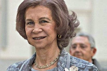 Doña Sofía, siempre muy cercana con los más necesitados, continúa con su agenda oficial