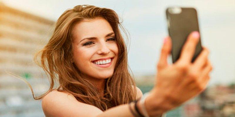 ¿Sabes cómo hacer el selfie perfecto?
