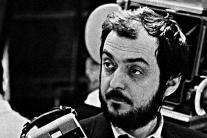 '2001, una odisea del espacio': Stanley Kubrick ya tiene oficialmente un monte en la luna Caronte