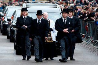 Así fue el solemne funeral de Stephen Hawking celebrado en un lugar muy simbólico