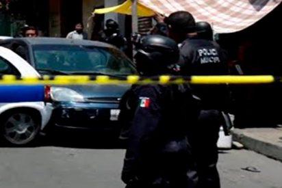Salvaje tiroteo sacude la procesión del Camino de la Cruz y deja al menos dos muertos