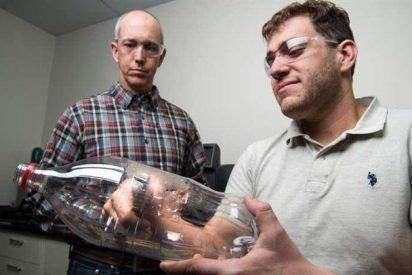 Una enzima de diseño que se come las botellas de plástico