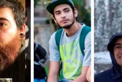 Narcos ejecutan y disuelven en ácido 'por error' a estos estudiantes mexicanos