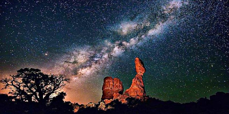 ¿Es más grande cada vez la Vía Láctea?