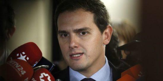 El PSOE ofrece a Ciudadanos elecciones 'en unos meses' si apoya su moción y mete a Sánchez en La Moncloa