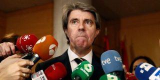"""El inquietante tuit del sustituto de Cifuentes sobre """"robar en hoteles"""" que hiela la sangre al PP"""