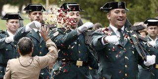 Los guardias civiles no podrán lucir bigotes a lo Tejero ¡y deberán espiar al compañero!