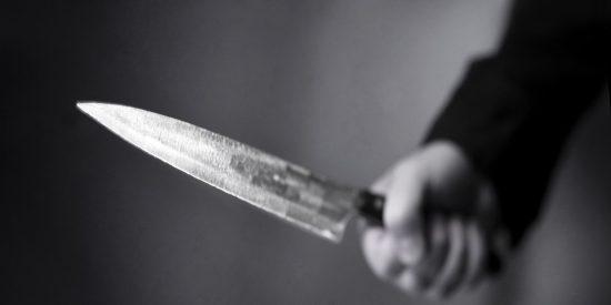 Un polaco se atrinchera en casa de su pareja y la amenaza con un cuchillo en Mallorca