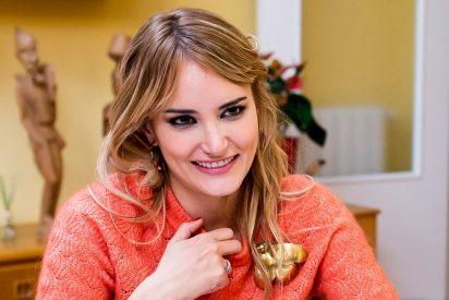 Alba Carrillo reparte 'zascas' en 'Ven a cenar conmigo: Gourmet'